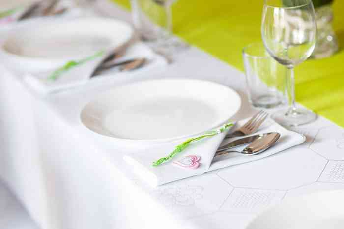 Find wedding catering